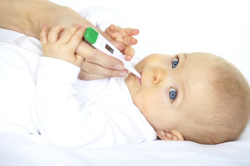 как помочь ребенку с температурой, как сбить температуру, температура у ребенка