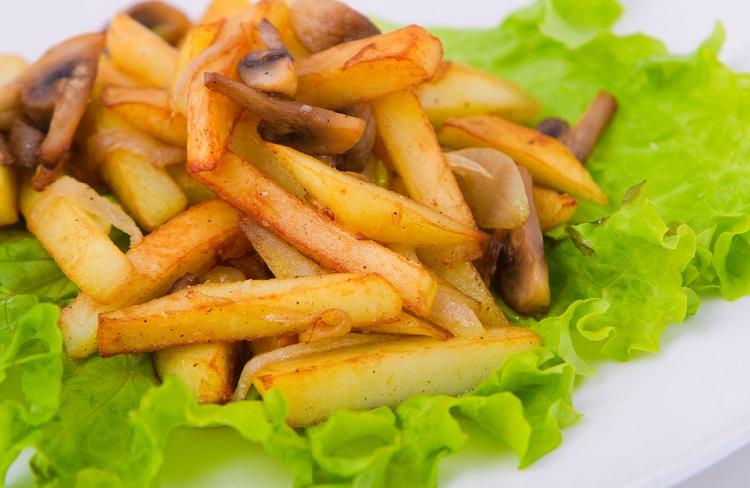 картофель в мультиварке рецепт, картофель с шампиньонами в мультиварке, жареный картофель в мультиварке, жареная картошка в мультиварке, как пожарить картошку в мультиварке, рецепты в мультиварке,