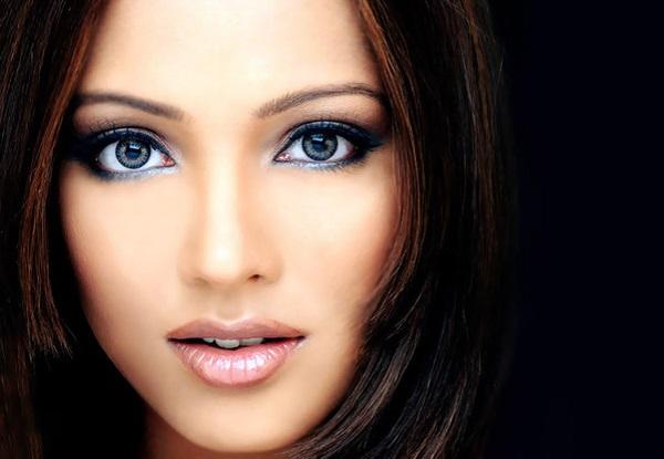 макияж от синяков под глазами