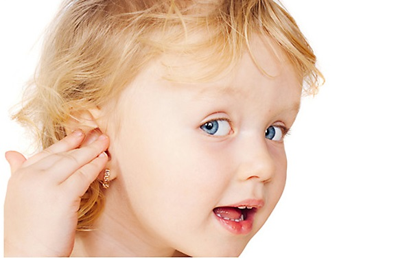 с какого возраста можно прокалывать уши, когда прокалывать ушки ребенку